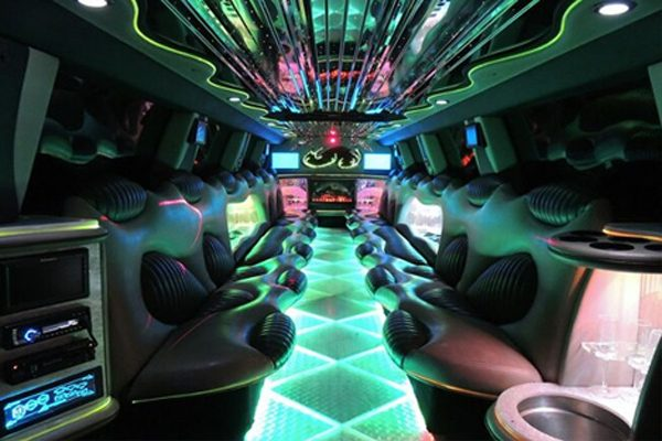14 Person Hummer Limo Rental Arlington